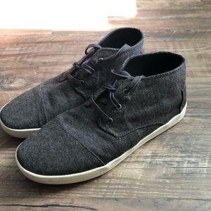 Men's Toms canvas sneakers